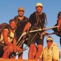 Familie på farten - på ørkenvandring billede
